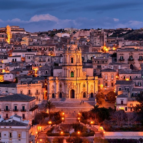 TOUR 8 DAYS AND 7 NIGHTS IN SICILY EASTERN CENTER